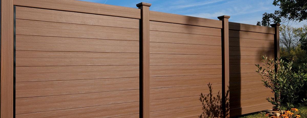 גדר דמוי עץ לגינה