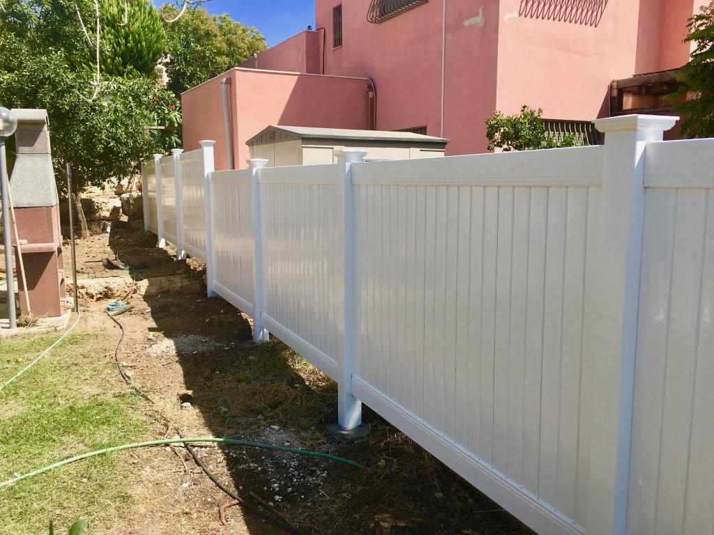 גדרות ויניל לגינה בחיפה והקריות (2)