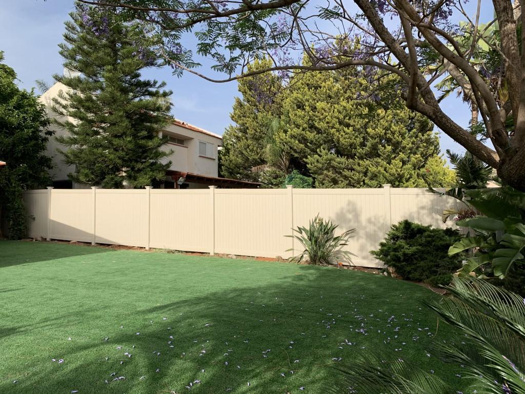 גדר פרטיות מלאה באלפי מנשה עם יציקה (3)