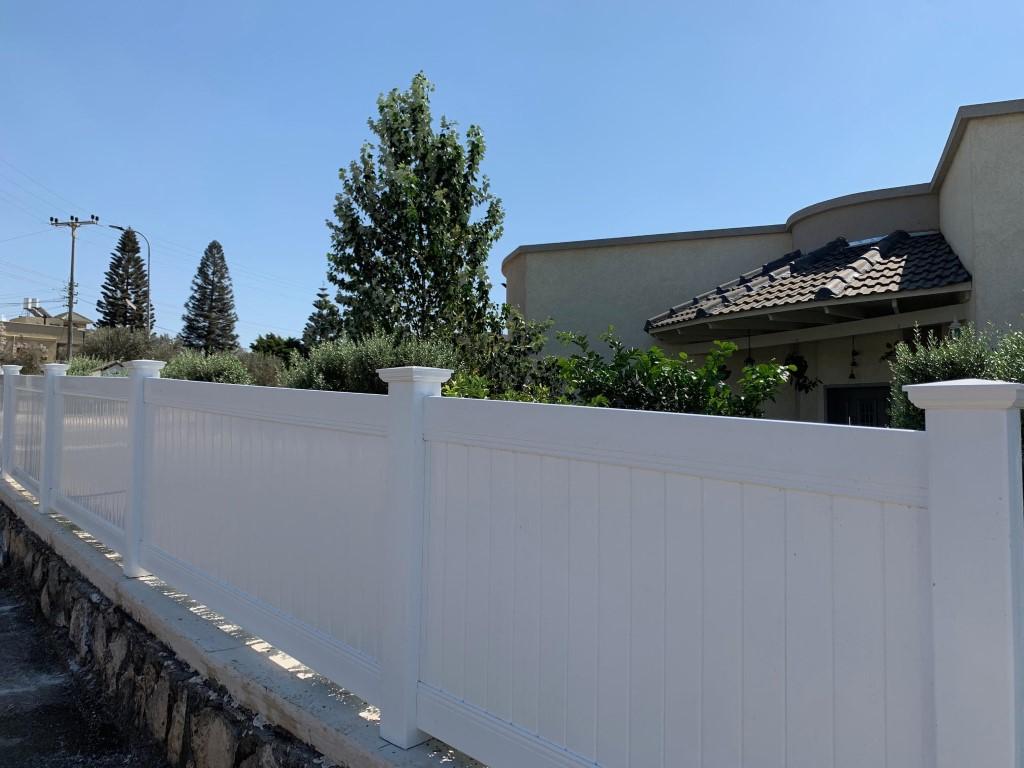 גדר דקורטיבית לגינה בבית זרזיר (4)